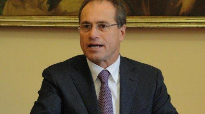 STEFANO AGUZZI, PER LA PRIMA VOLTA SU ESMERALDA ALL' OPPOSIZIONE