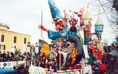 Comitato Pacassoni e carristi: un progetto per il Carnevale