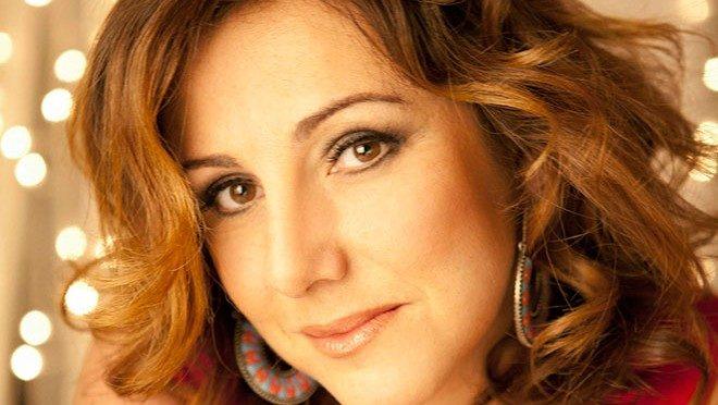 """""""Più forte del destino"""": a teatro lo spettacolo di Antonella Ferrari"""