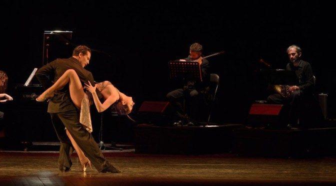 """Erica e Adrian in scena con """"Mitico tango"""""""