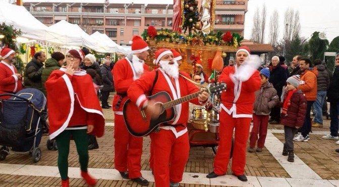 """A Cartoceto """"Il Natale è… insieme sotto l'albero"""""""