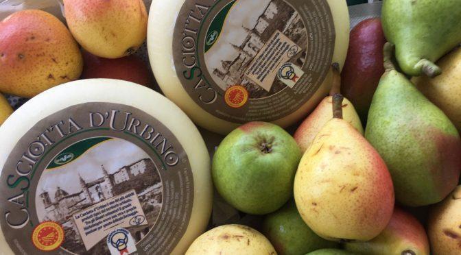 """""""Al contadino non far sapere"""": pere e formaggio deliziano il palato"""